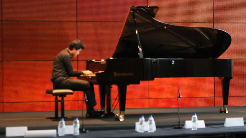 Ji-Hwan Hong veio da Coreia do Sul para competir no Concurso Internacional de Piano Santa Cecília Foto: RR
