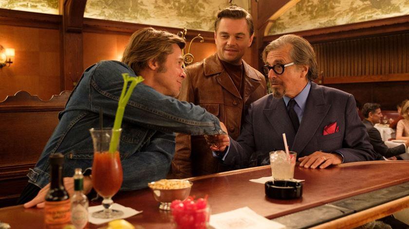 Novo filme de Tarantino repleto de estrelas - de hoje e do passado. Veja o trailer