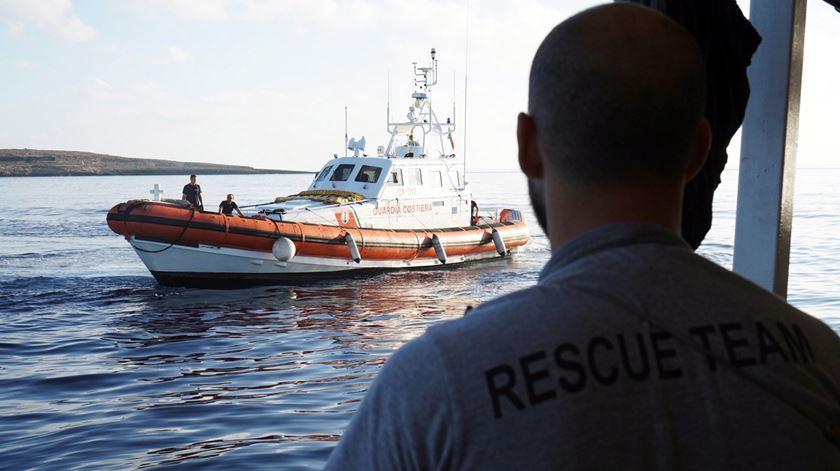 Open Arms rejeita oferta de Espanha para atracar em Algeciras