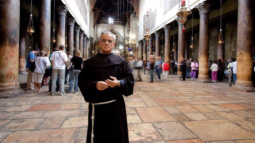 Padre Artemio Vítores, franciscano na Basílica da Natividade. Foto: AIS