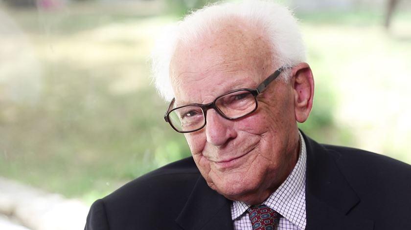 """Estou contente. Estou feliz. Estou entregue"". Padre Dâmaso, 1930-2018"