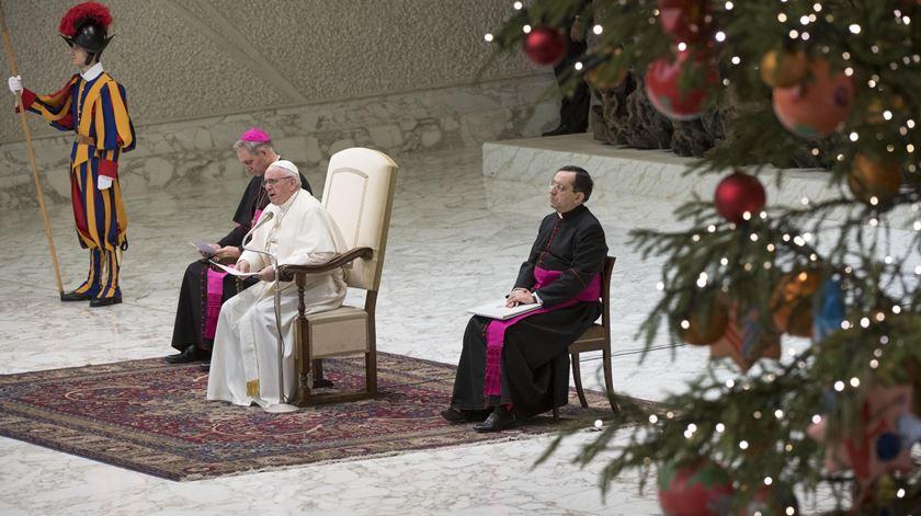 Chegar à missa depois do sermão conta? O Papa responde