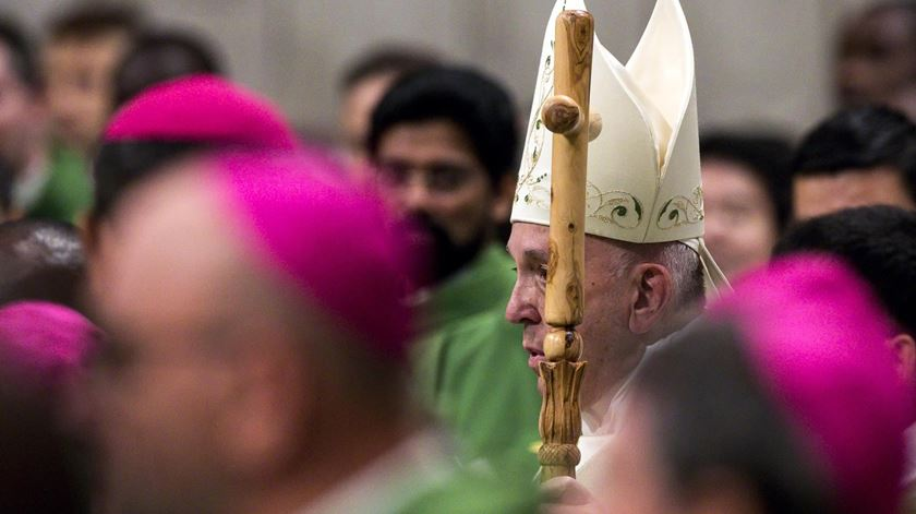 """Papa Francisco. """"Esta é a missão: oferecer ar puro a quem vive imerso na poluição do mundo"""""""