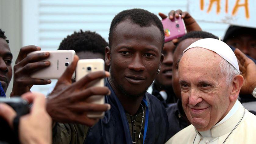 Papa já tem tema deste ano para o 107º. Dia Mundial dos Migrantes e Refugiados