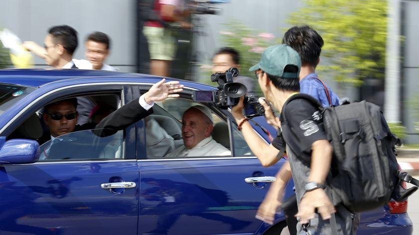 Francisco antecipa encontro com chefe das Forças Armadas de Myanmar