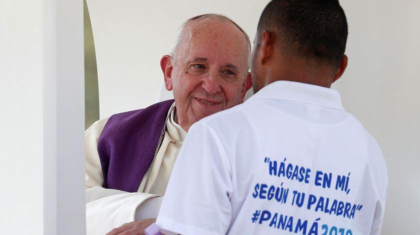 """Papa visita jovens reclusos. """"Lutem por encontrar caminhos de inserção"""""""