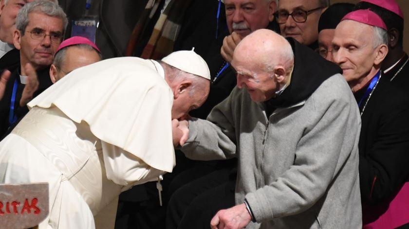 """Papa rejeita discursos que semeiam """"medo, ódio e conflito"""", perante clero marroquino"""