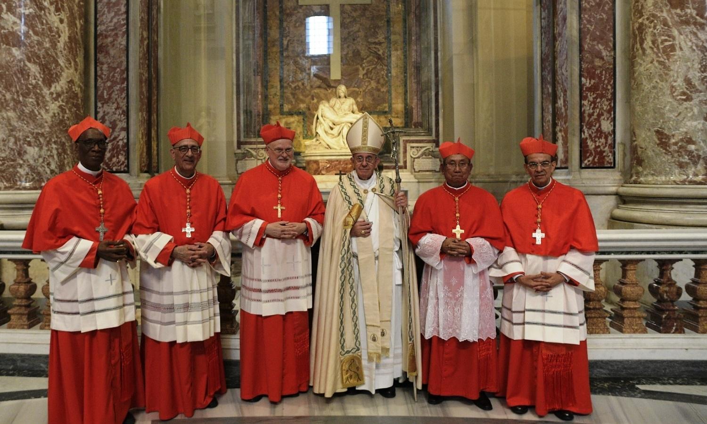 Resultado de imagem para Francisco e novos cardeais