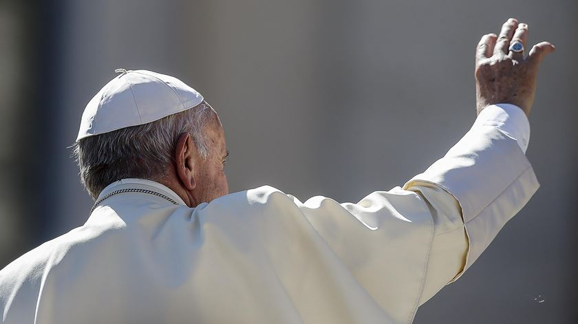 Papa ao povo do Bangladesh: