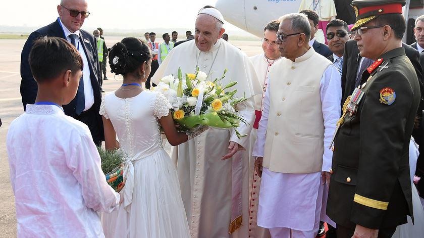 """Papa apela por """"assistência imediata"""" aos refugiados rohingya no Bangladesh"""