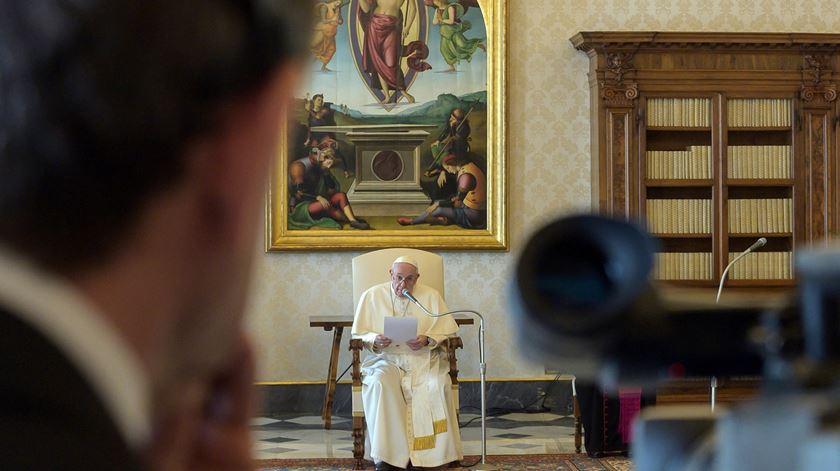 Coronavírus. Papa propõe oração de comunhão espiritual