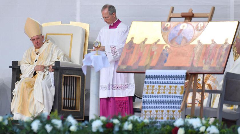 Papa beatifica sete bispos greco-católico numa celebração histórica