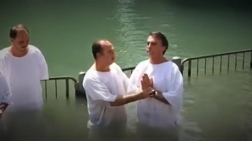 Detido o pastor que batizou Bolsonaro no rio Jordão