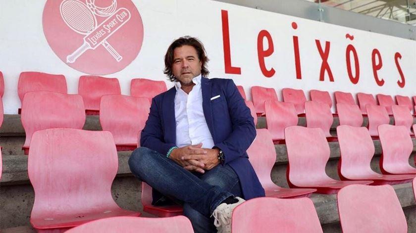 """Leixões lamenta avançar para """"lay-off"""". """"Jogadores não têm amor ao clube nem à camisola"""""""