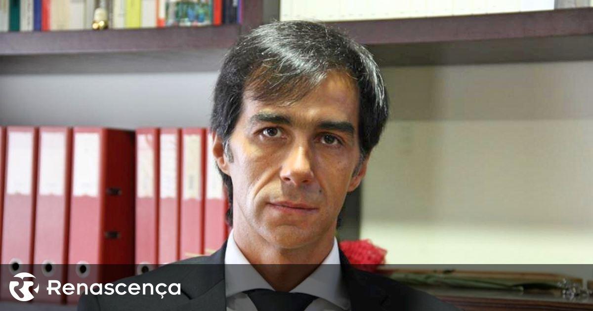 "Paços de Ferreira. ""It is premature and irresponsible to define a return schedule ..."