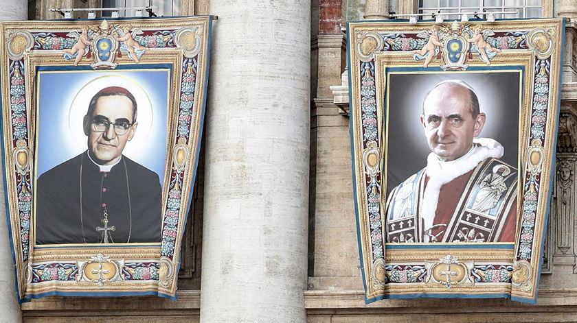 """Papa convida Igreja a dar """"salto em frente no amor"""", como Paulo VI e Oscar Romero"""