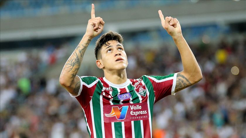 Flamengo oficializa regresso de Pedro
