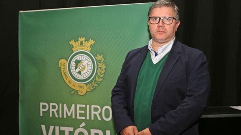 """Presidente do Vitória de Setúbal prevê """"colapso de muitos clubes"""" se o futebol não voltar"""
