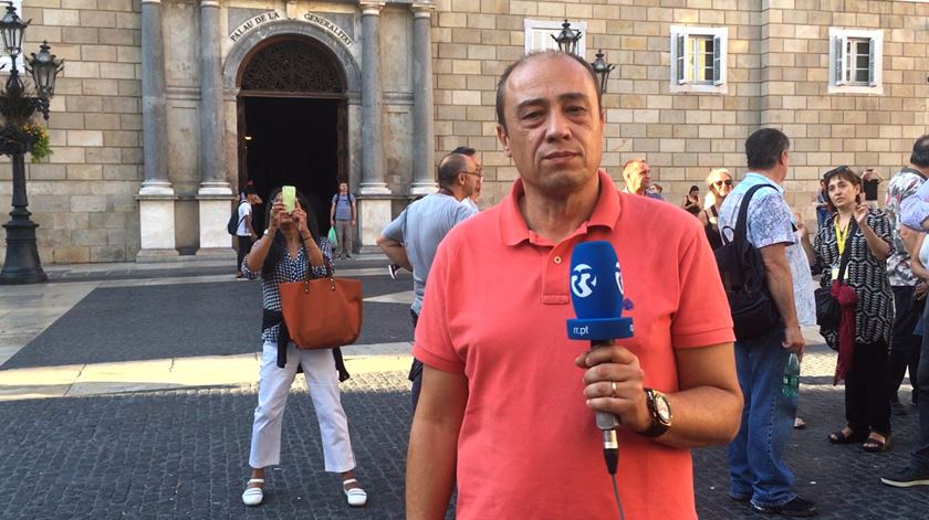 "Catalães independentistas ""indiferentes"" ao ultimato de Rajoy"