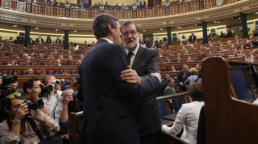 Rajoy derrubado. Pedro Sánchez é o novo primeiro-ministro de Espanha