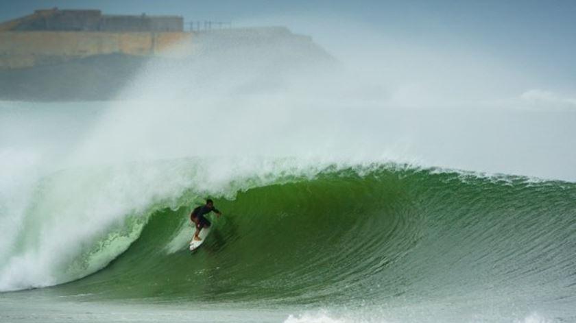 O surf amigo do ambiente. E outros números sobre consciência ambiental
