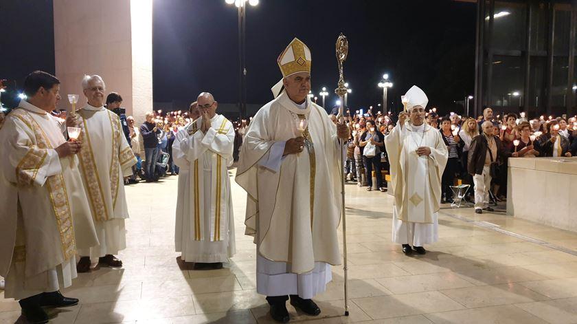D. Daniel Henriques condena perseguição aos cristãos - Reportagem de Olímpia Mairos