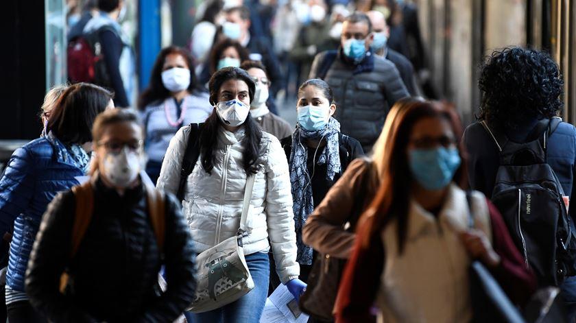 Covid-19. Mais de 1,1 milhões de mortos no mundo desde início da pandemia