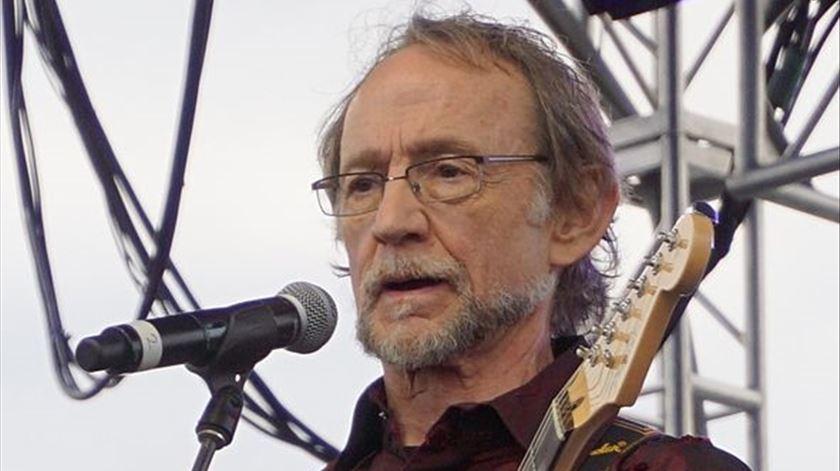 Morreu o músico Peter Tork, dos Monkees