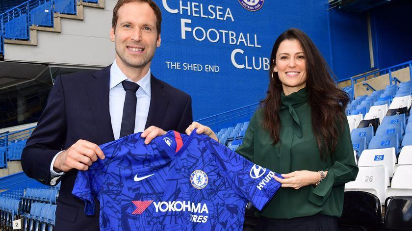 Chelsea inscreve reformado Petr Cech na Premier League