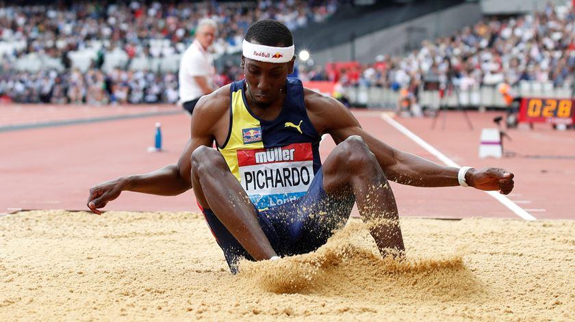 Pichardo salta por Portugal, depois de ter ganho medalhas por Cuba. Foto: David Klein/Action Images/Reuters