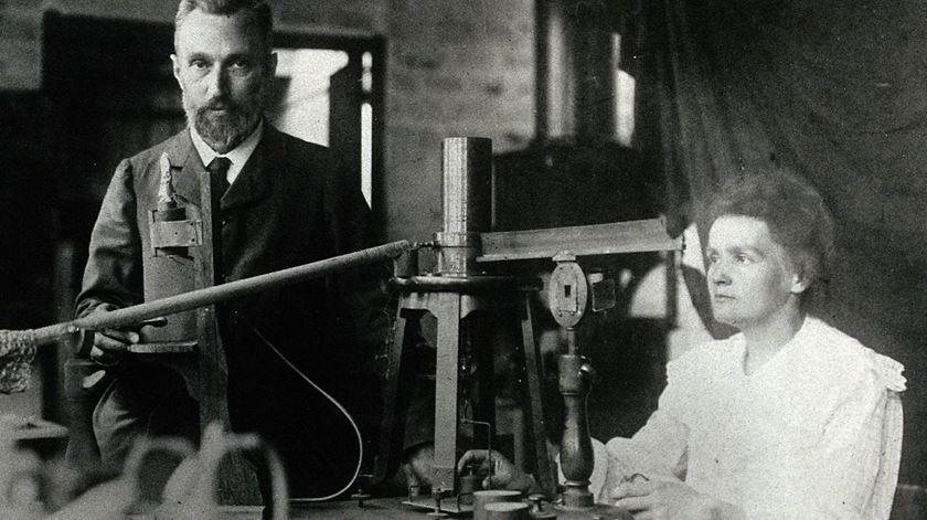 Pierre e Marie Curie, um dos seis casais que já venceram o Prémio Nobel. Foto: DR
