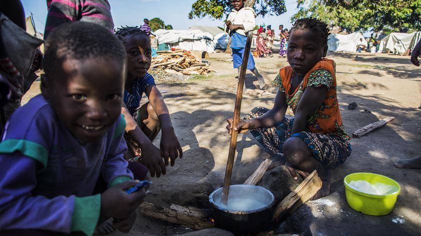 Pandemia agrava pobreza em todo o mundo, avisa a ONU. Foto: Ricardo Franco/Lusa