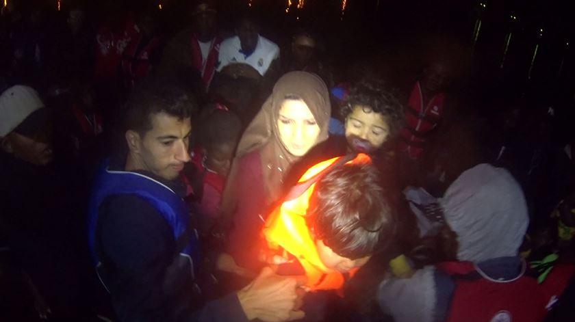 Grécia. Portugueses salvam 46 migrantes