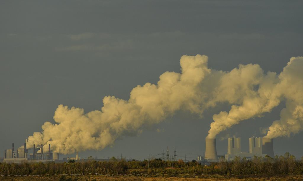 Emissões na China já voltaram a números anteriores à pandemia. Foto: Phillip Guelland/EPA