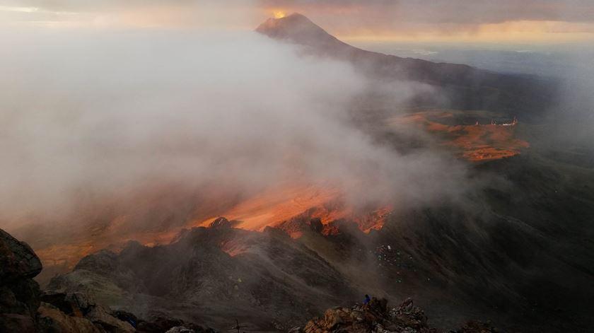 """México. As imagens do momento em que Popocatépetl """"explodiu"""""""