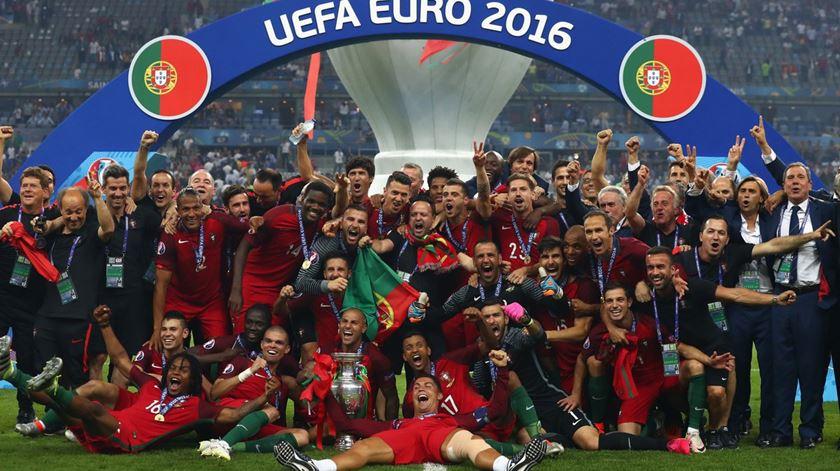 Foi há um ano que Portugal subiu ao Olimpo do futebol