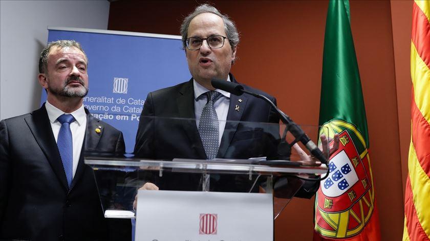 Reabertura da delegação da Generalitat. Independentistas catalães inspiram-se no 25 de Abril