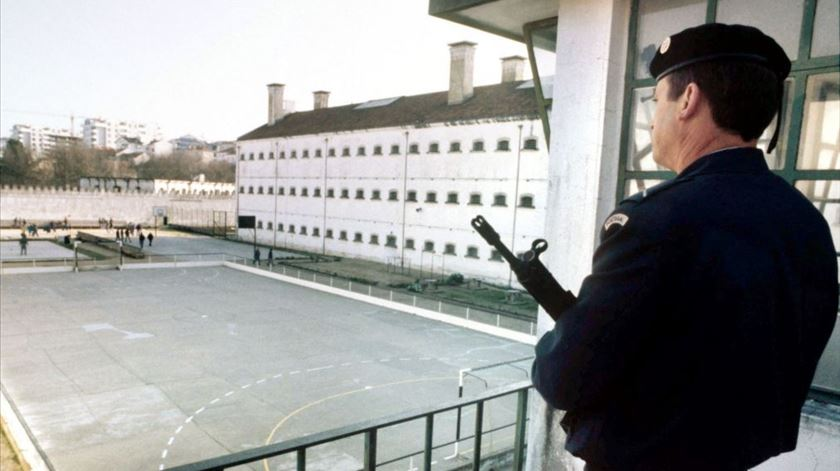 Nova greve de guardas prisionais até janeiro