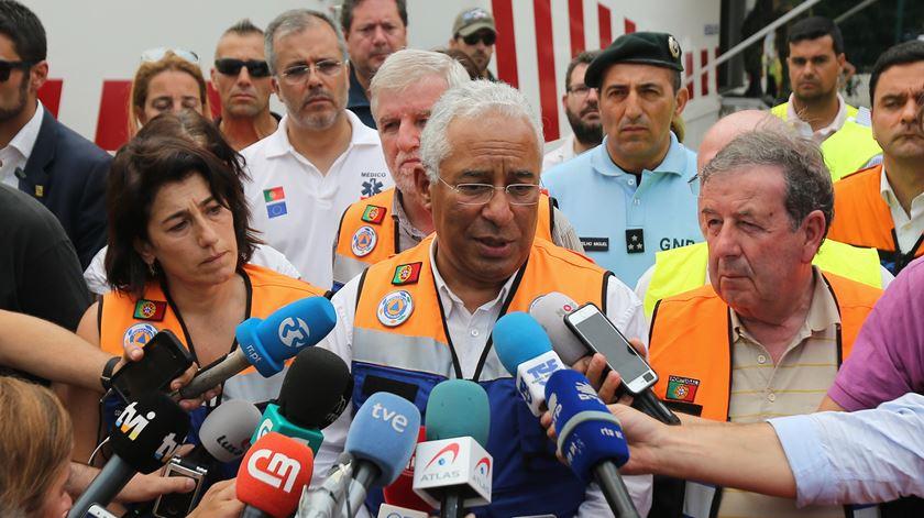 Afinal, António Costa estava ou não de férias durante o incêndio de Pedrógão Grande?