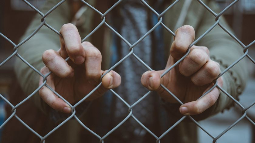 Jovem impede espancamento de mulher e acaba condenado por homicídio do agressor