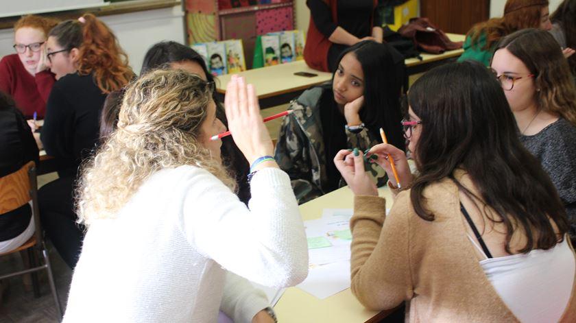 """Projeto """"Voluntariado nas Escolas"""" chega a 90 alunos de Évora. """"É muito gratificante"""""""