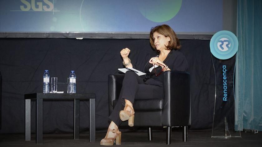 Presidente da Comissão Nacional de Proteção de Dados na conferência da Renascença. Foto: Cristina Nascimento/RR