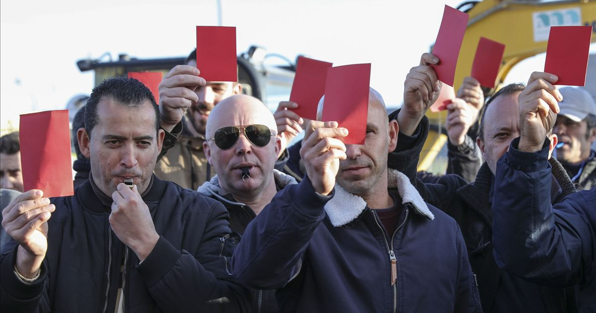 """Security forces """"at the limit"""" show the government a """"red card"""""""