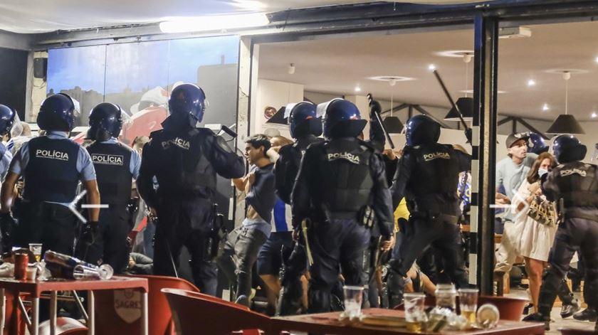 FC Porto acusa PSP de agredir adeptos na festa