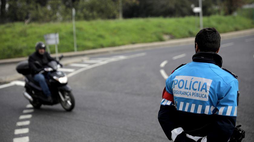 Número de mortes nas estradas desceu 34% durante o confinamento