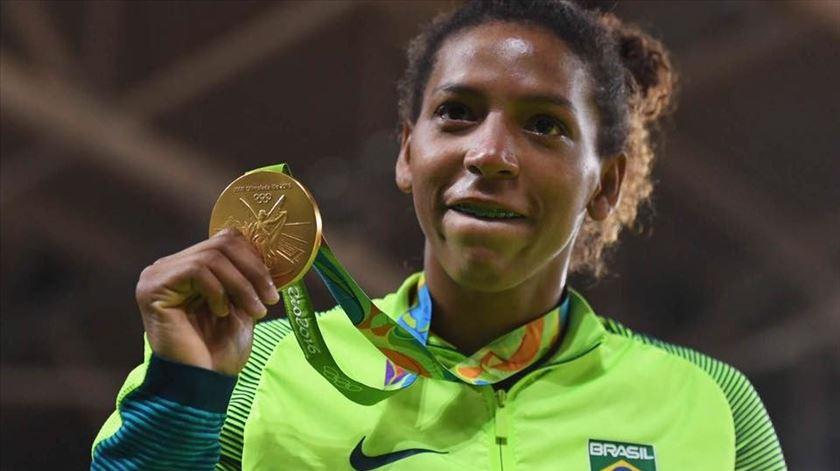 Campeã olímpica de judo acusa doping