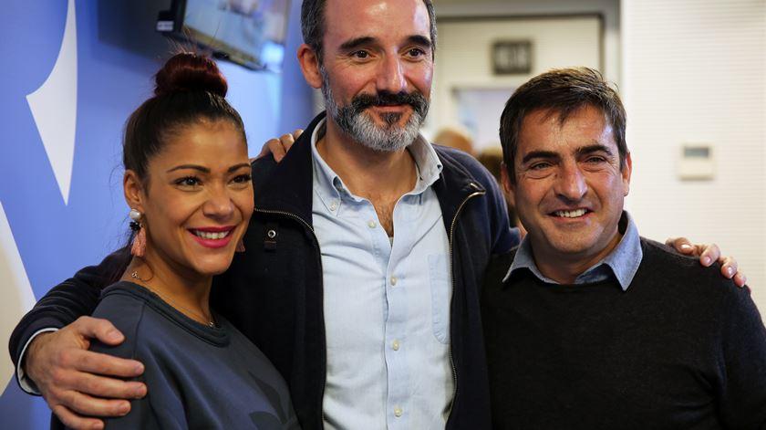 Raquel Tavares, o jornalista Ricardo Conceição e Camané