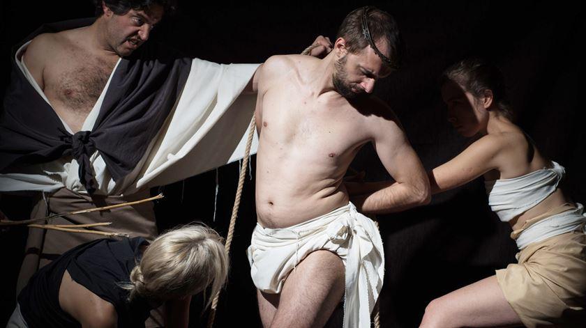 A Flagelação de Cristo © Sem Asa, Lda