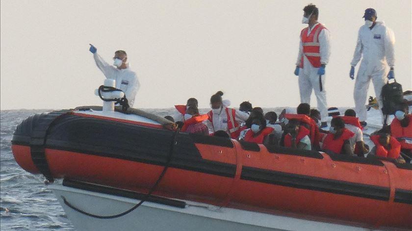 Mais de mil migrantes chegaram à Gran Canária em 24 horas