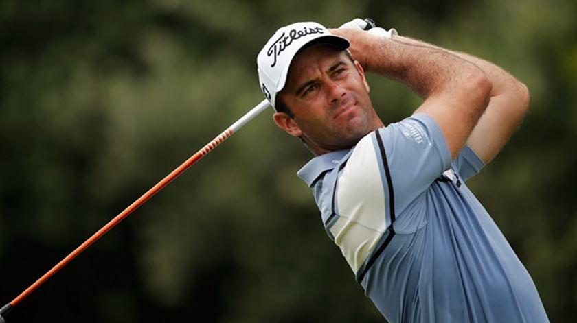 Golfe. Ricardo Santos continua em prova